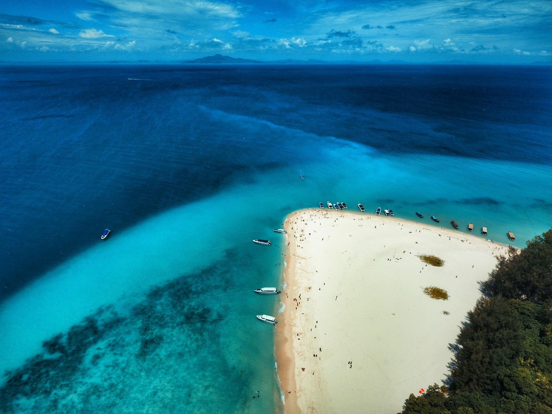 Phantom 4 航拍泰国小岛 会出什么样的杰作?